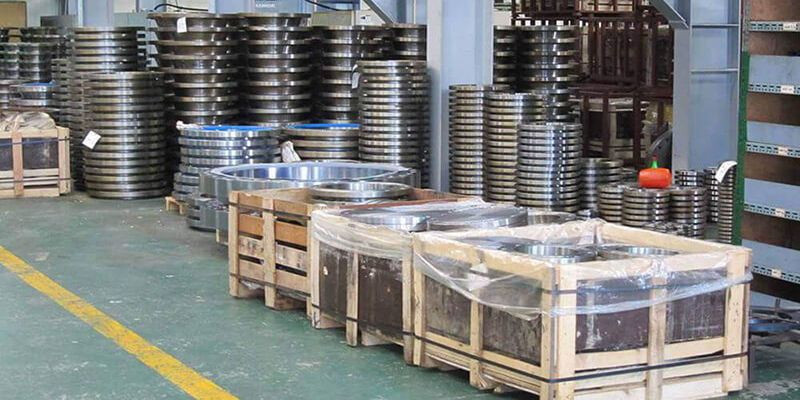 Flanges and Fittings in Warehouse